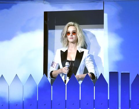 Eyewear, Vision care, Sunglasses, Goggles, Electric blue, Blond, Street fashion, Long hair, Necklace, Graphics,