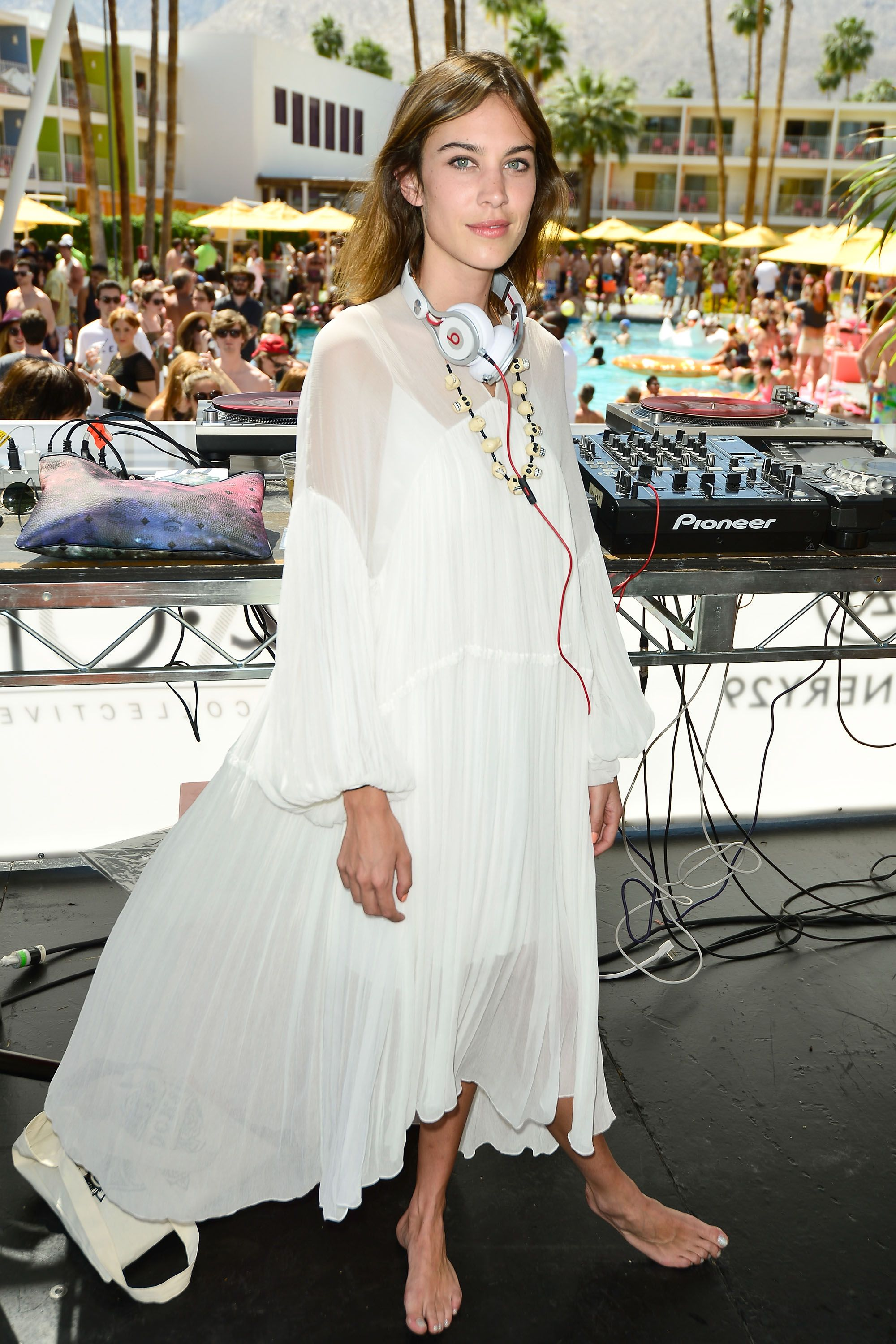 <p>Alexa Chung worked the heck outta this Chloé number, and so should you, once you settle on your peacock-ing strategy. We'll always prefer more, twirly fabric than less, but up to you. (Think of the future&nbsp&#x3B;children, though.)</p>