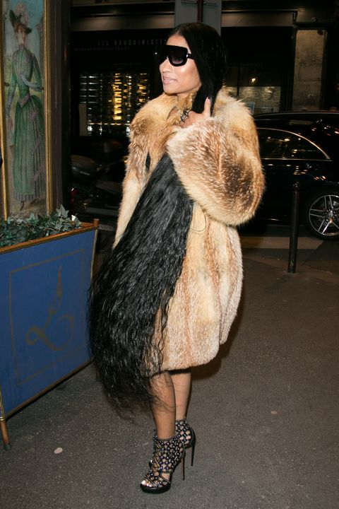 Nicki Minaj Rocks Ankle Length Hair Extensions