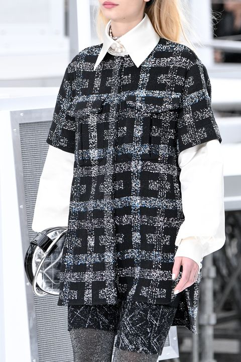 <p>If at first you don't succeed, try, try again to make bouclé cut like athletic pants happen, as Chanel did once again for Fall 2017. But also, like a dad would say about his stock portfolio, diversify, diversify, diversify—and they did, with roomier, more culotte-ish shorts.&nbsp;</p>