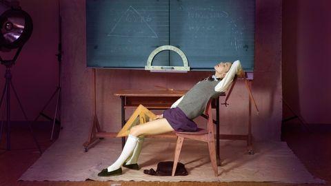 <p> Sí, Lars von Trier está de regreso. Esta película de 2013 protagonizada por Charlotte Gainsbourg, Stellan Skarsgård, Shia LaBeouf, Christian Slater, Uma Thurman y Willem Dafoe & nbsp; (entre otros) presentaba sexo no simulado por costumbre, pero hay una trampa. Los actores simularon el sexo, y luego los dobles del cuerpo tuvieron sexo IRL, y su área genital se superpuso a los actores. #Normal. Además, aparentemente algunas vaginas protésicas flotaban alrededor del aparato. </ P>