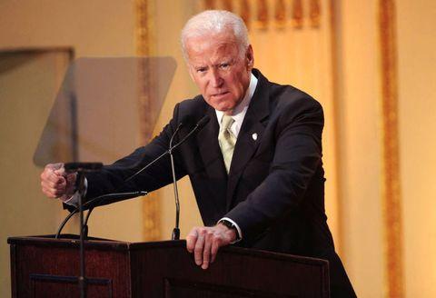 Speech, Public speaking, Orator, Event, Speaker, Official, Suit,
