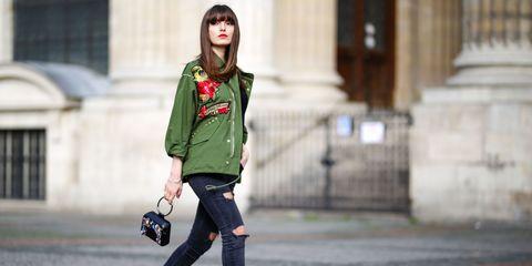 Clothing, Window, Sleeve, Outerwear, Style, Bag, Street fashion, Collar, Fashion accessory, Knee,