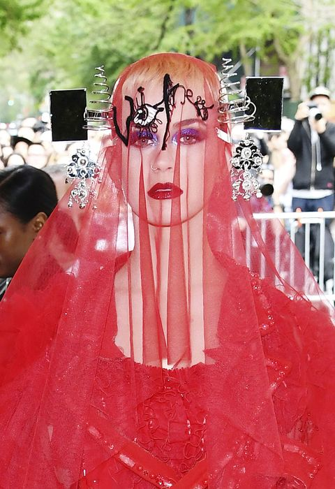Red, Pink, Dress, Gown, Veil, Red carpet, Fashion, Bride, Event, Ceremony,