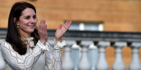 Kate Middleton hosts tea party at Buckingham Palace for 850 kids