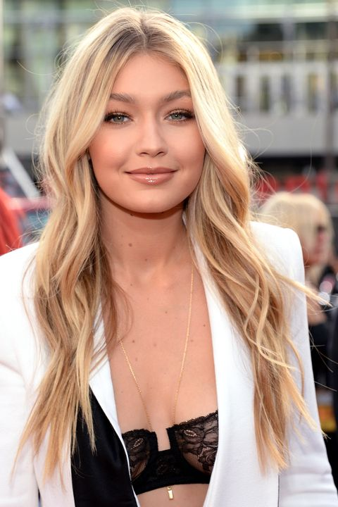 <p>Hadid's most peroxide-happy iteration of blonde, she complemented&nbsp;her rosy glow with ultra-fine, mega-watt highlights with golden undertones.&nbsp;</p>