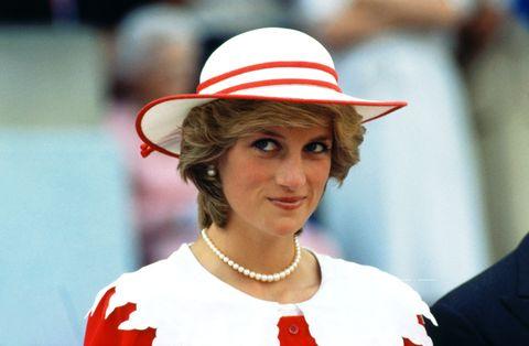 Hat, Sun hat, Fashion accessory, Headgear, Smile,