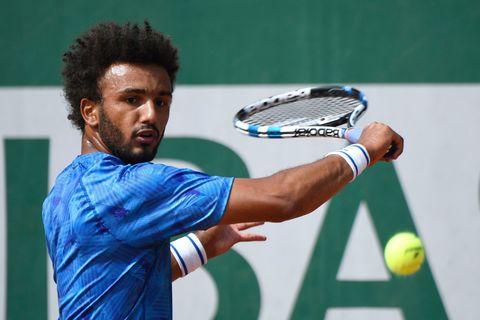 Tennis racket, Tennis, Tennis player, Tennis Equipment, Tennis racket accessory, Sports, Racquet sport, Racket, Strings, Racketlon,