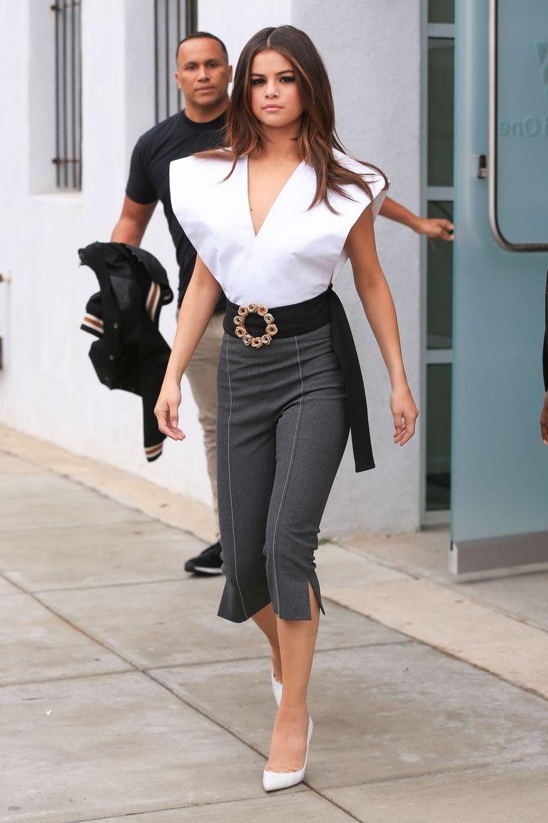 Selena Gomez Wardrobe Malfunction - Selena Gomez Nip Slip-2729