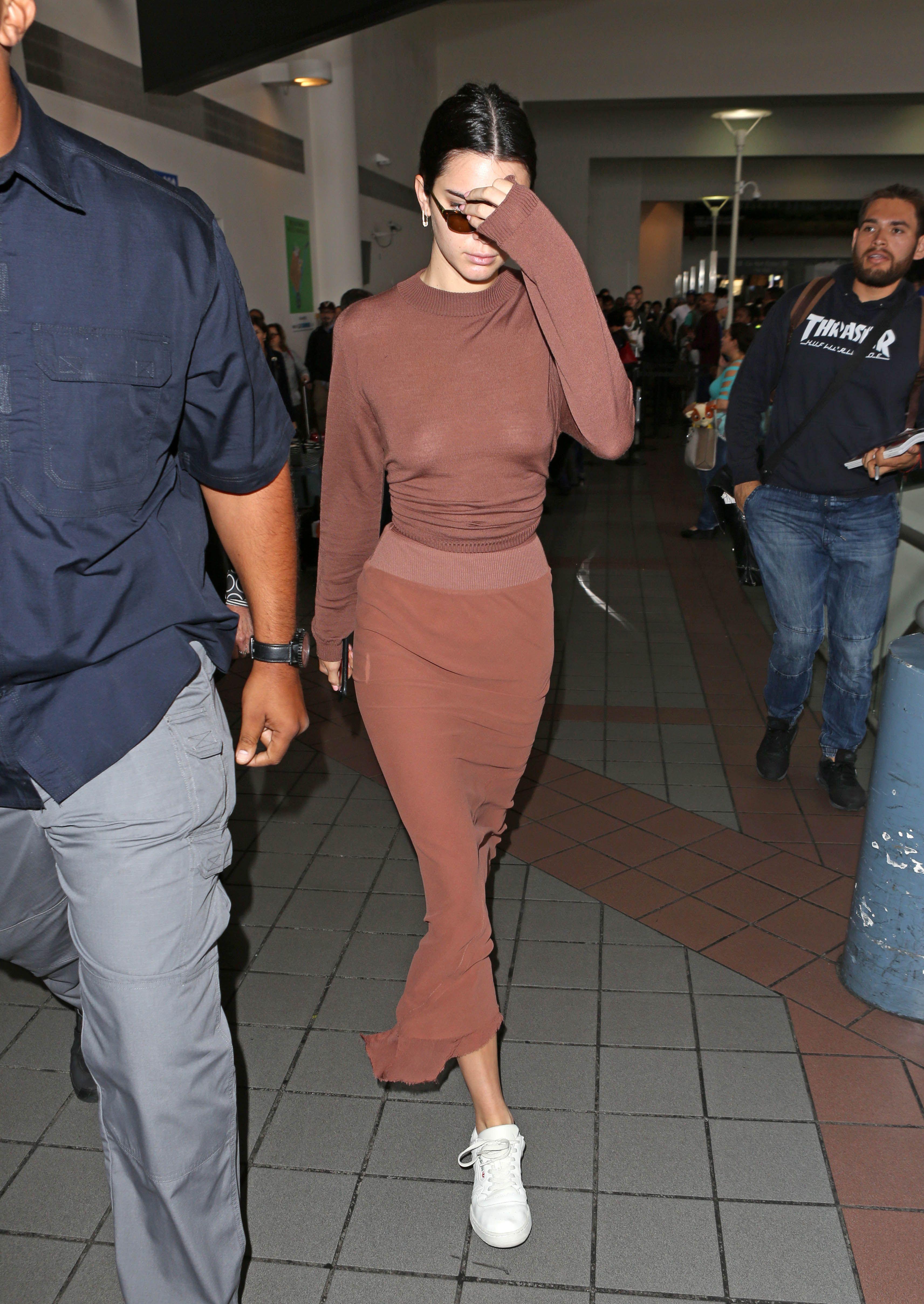 839de9924d62 Kendall Jenner Street Style - Kendall Jenner s Best Fashion Looks