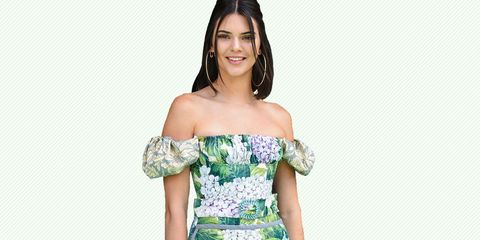 Clothing, Sleeve, Shoulder, Dress, Joint, Facial expression, Strapless dress, Elbow, Day dress, One-piece garment,