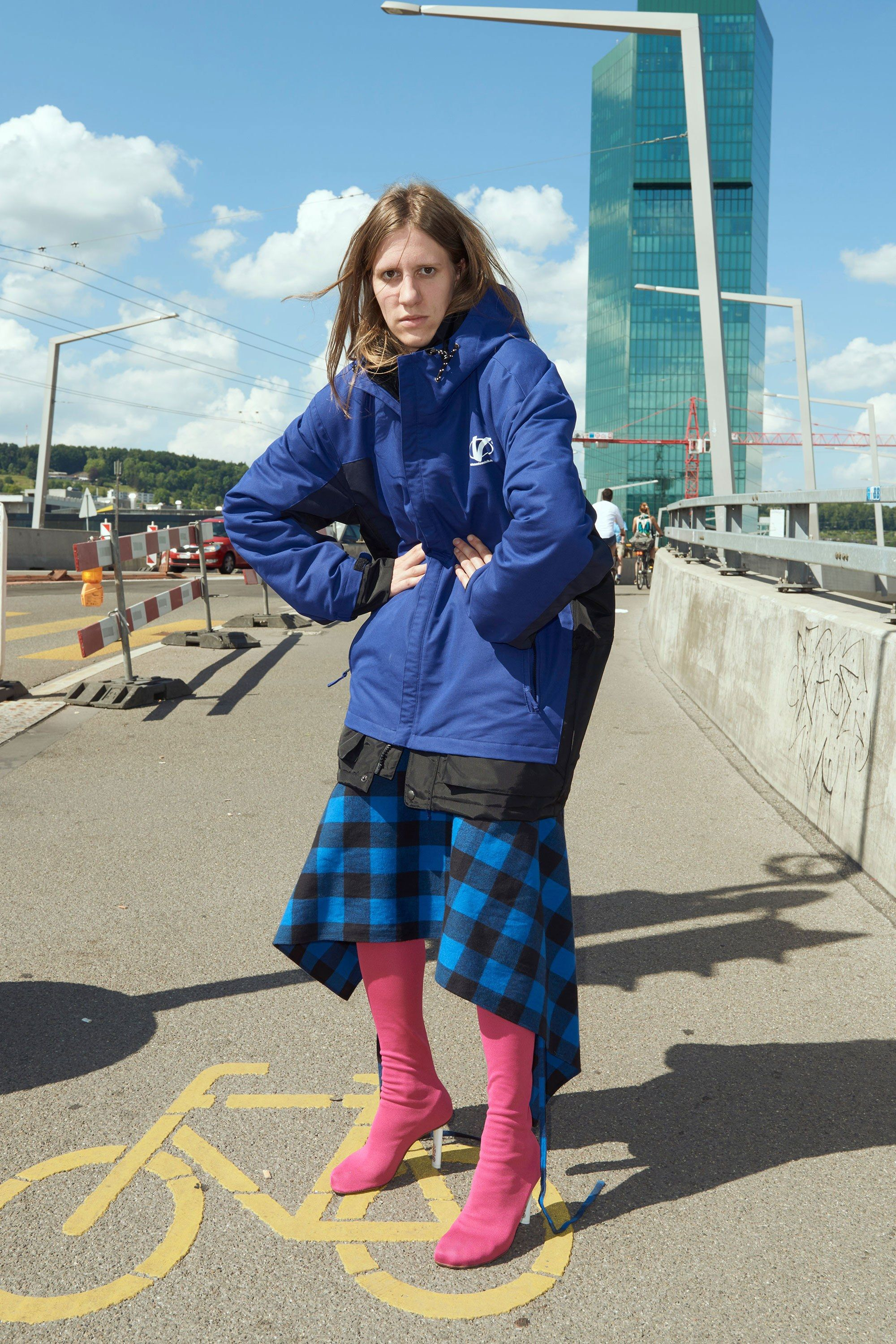 <p>When this superstar designer moves to your quiet hometown and makes you hunch over for Fashion.</p>