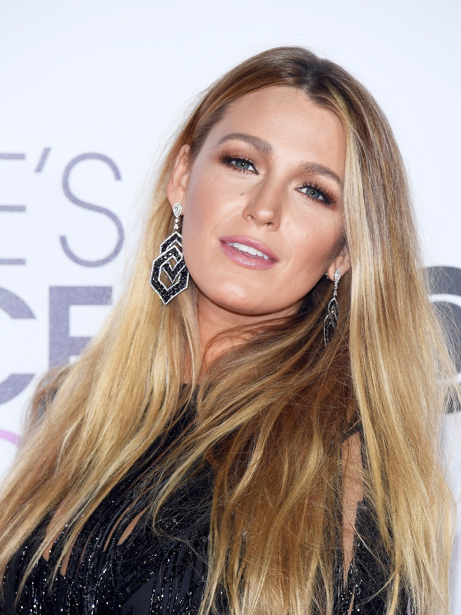 Lively Blake no makeup pictures exclusive photo