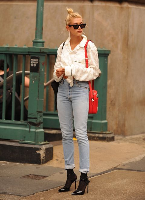 Jeans, White, Clothing, Street fashion, Denim, Fashion, Snapshot, Trousers, Shoulder, Waist,