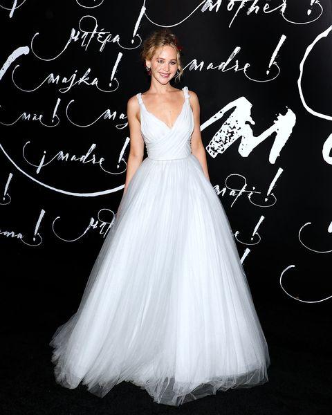 Gown, Dress, Wedding dress, Clothing, Bridal party dress, Bridal clothing, Bridal accessory, Shoulder, Bride, Fashion model,
