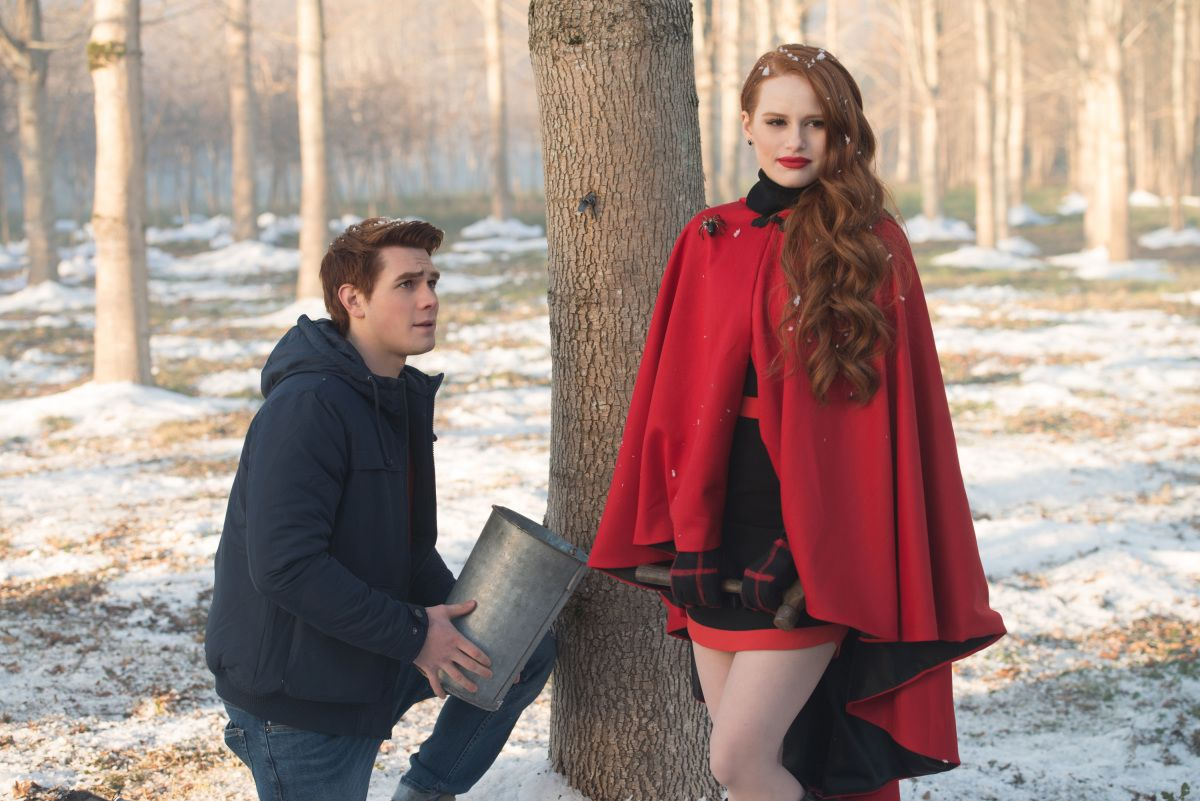 d8f3e2245a685 50 Best Riverdale Outfits from Season 1 and Where to Buy Them