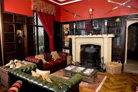 Living room, Room, Interior design, Property, Furniture, Building, Fireplace, Hearth, House, Home,