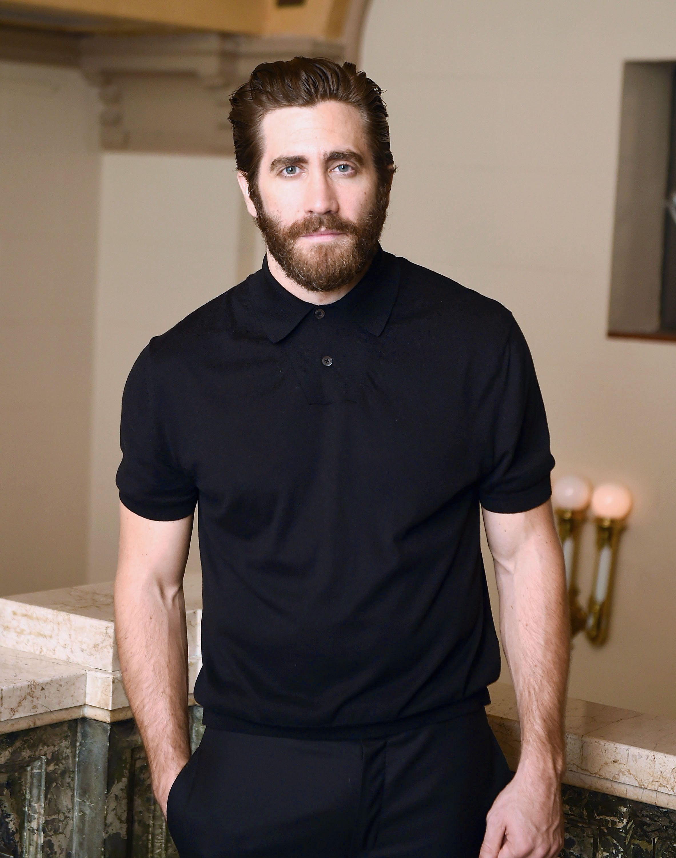 Jake Gyllenhaal Is Ready to Have a Baby pictures