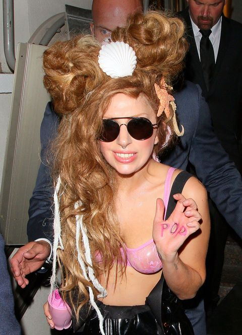 best-and-worst-hairstyle-lady-gaga-2013