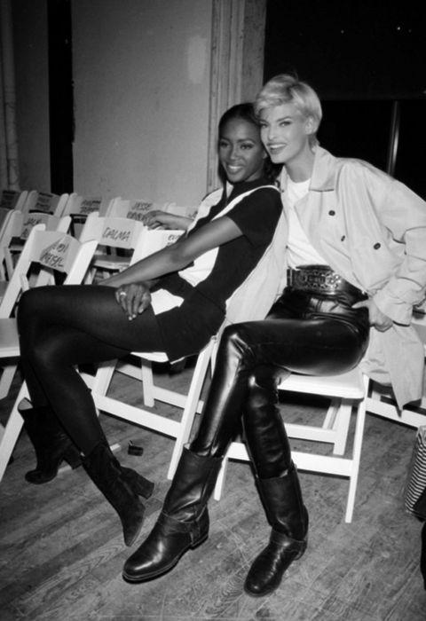 Sitting, Leather, Fashion, Knee, Black, Thigh, Monochrome, Latex, Riding boot, High heels,