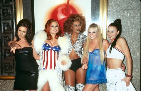 10a0ce0b0 Best Fashion Moments of the 90s - 90s Fashion Trends