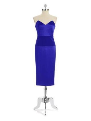 Clothing, Blue, Dress, Sleeve, Shoulder, One-piece garment, Standing, Formal wear, Style, Electric blue,
