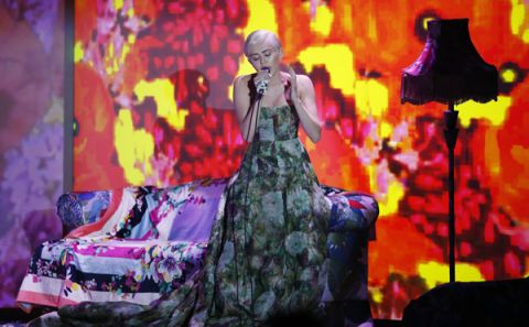 Miley Cyrus Alt-J Remix - Miley Cyrus 4x4 Sample