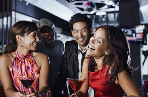 Hire a wingwoman for dating profile