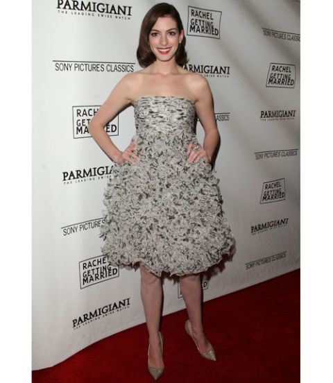 Anne Hathaway Kind: How To Dress For Your Body Shape