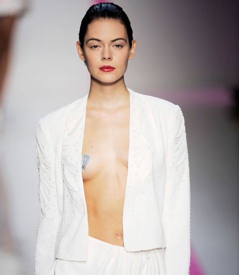 Emanuel Ungaro Spring 2010: The Lohan Season