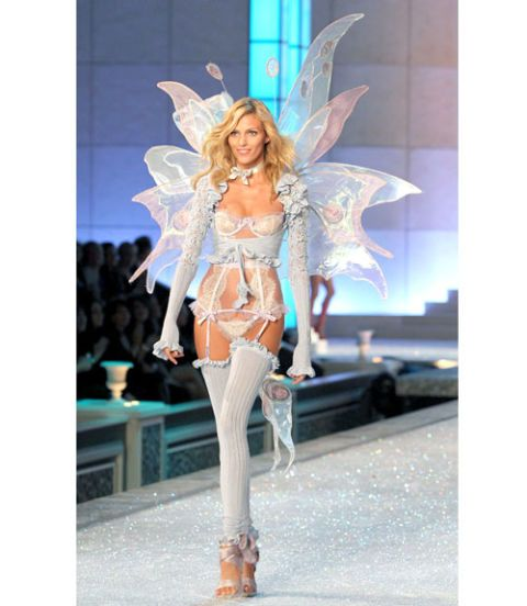 anja rubik victorias secret fashion show