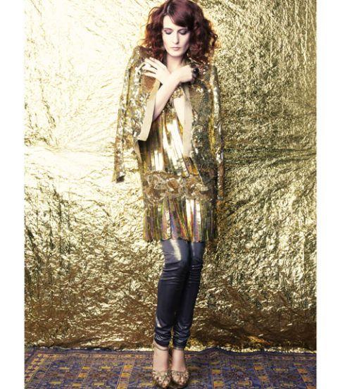Clothing, Textile, Style, Street fashion, Fashion model, Knee, Long hair, Fashion design, Model, Fur,