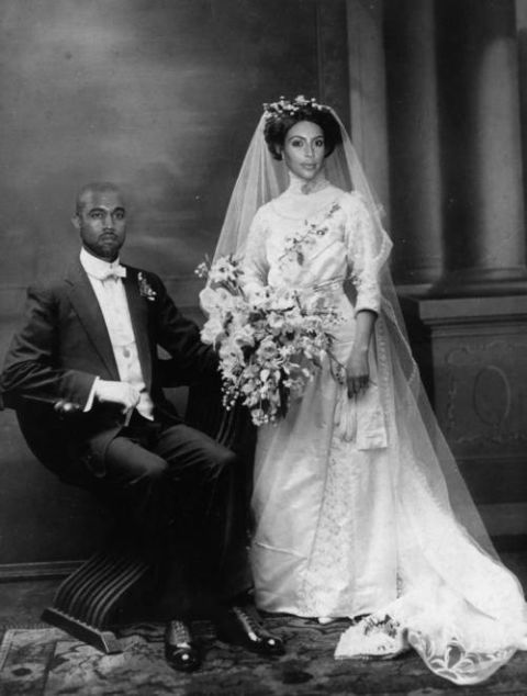 Kim Kardashian S Wedding Dress Revealed With The Magic Of Photoshop