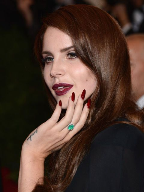Finger, Lip, Skin, Eyebrow, Nail, Eyelash, Beauty, Jewellery, Tooth, Body jewelry,