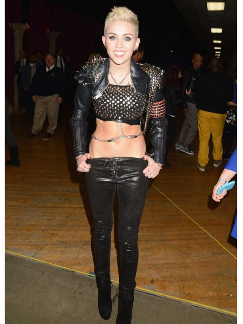 a7c61d5770d Miley Cyrus  Craziest Outfits - Miley Cyrus Style