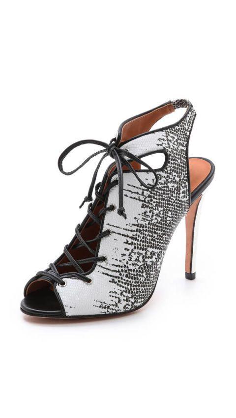 Footwear, Product, Brown, Shoe, White, Tan, Fashion, Black, Basic pump, Dancing shoe,