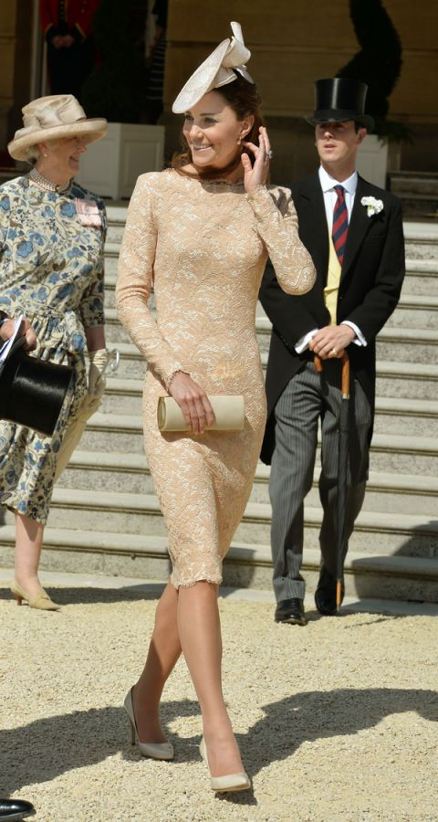 15123efdbb9 Kate Middleton Looks Lovely in Alexander McQueen at Royal Garden Party