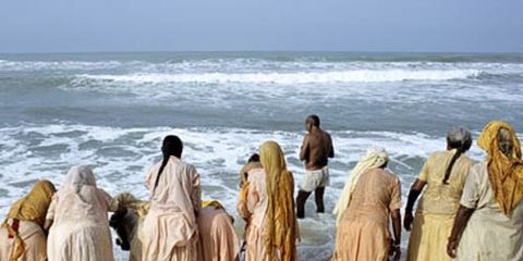 By the shores of the Arabian Sea,  India's Hindus cleanse their souls.