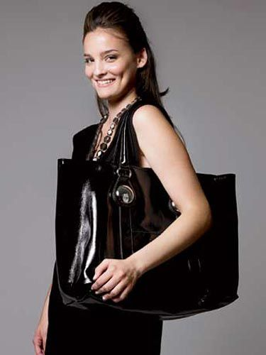 girl with black bag