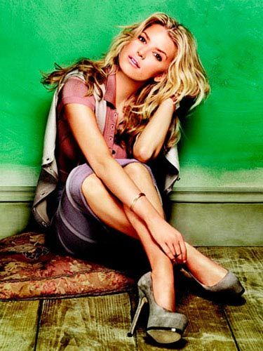 fa423b3e431 40 Things You Don't Know About Jessica Simpson