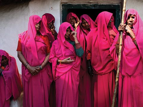 gulabi gang in india