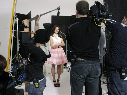mandy moore behind the scenes
