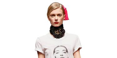 model in opera inspired fashion