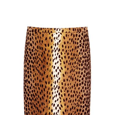 how to wear leopard print top