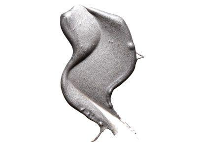 liqiud liner in silver