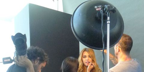 miley cyrus behind the scenes cover shoot