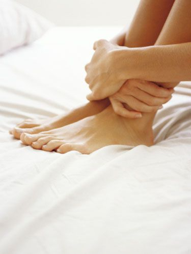 How To Give Yourself An At Home Pedicure How To Do A Diy