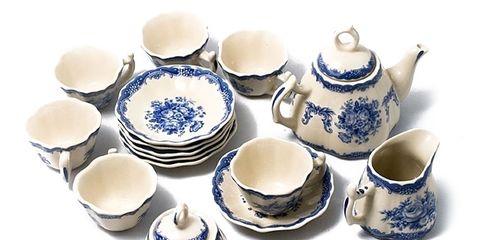 Serveware, Blue, Dishware, Porcelain, Blue and white porcelain, Ceramic, Tableware, earthenware, Drinkware, Pottery,