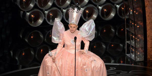 8 Times Ellen DeGeneres Stole the Oscars