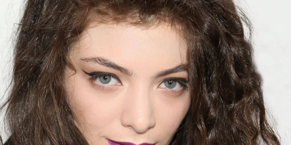 An Ode to Lorde's Untouchable Lipstick Game